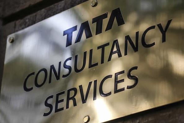 TCS (Photo: Dhiraj Singh/Getty Images).