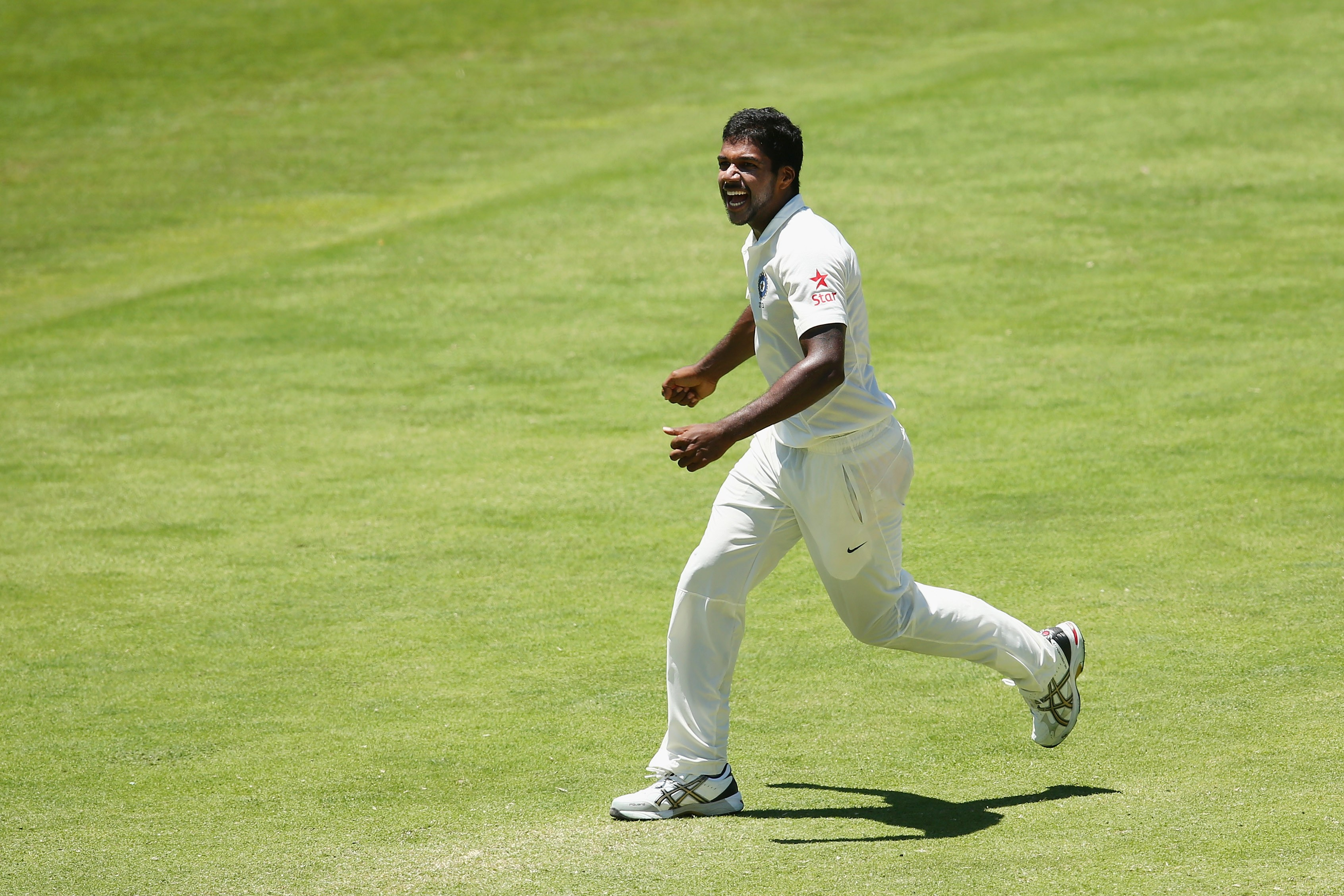 PACE ACE: Varun Aaron in action (Photo by Cameron Spencer/Getty Images)