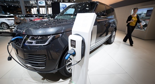 The British government hopes that the new investment will confirm the UK still has a major role to play in JLR's move to electric vehicles despite some existing model production being moved to Slovakia (Photo: DIRK WAEM/AFP/Getty Images).