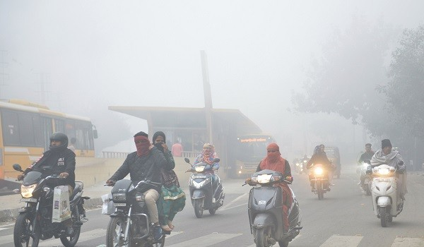 Air pollution is the third highest cause of death among all health risks in India, ranking just above smoking, said the report  released by US-based organisation Health Effects Institute (HEI) (Photo: NARINDER NANU/AFP/Getty Images).