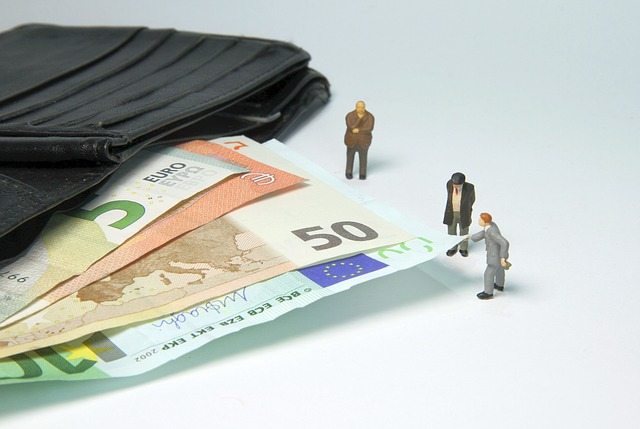 The three, who were arrested on Tuesday (2) and will be brought before a court on Friday (5), are believed to have received around £7.64m for forging documents and organising the money laundering (Photo Credit: Pixabay).