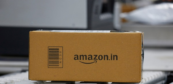 Documents filed with the country's Registrar of Companies showed that the Seattle-based company had invested the huge sum in its retail, food, and payments subsidiaries, Reuters reported on Wednesday (30) (Photo: REUTERS/ Abhishek N. Chinnappa).