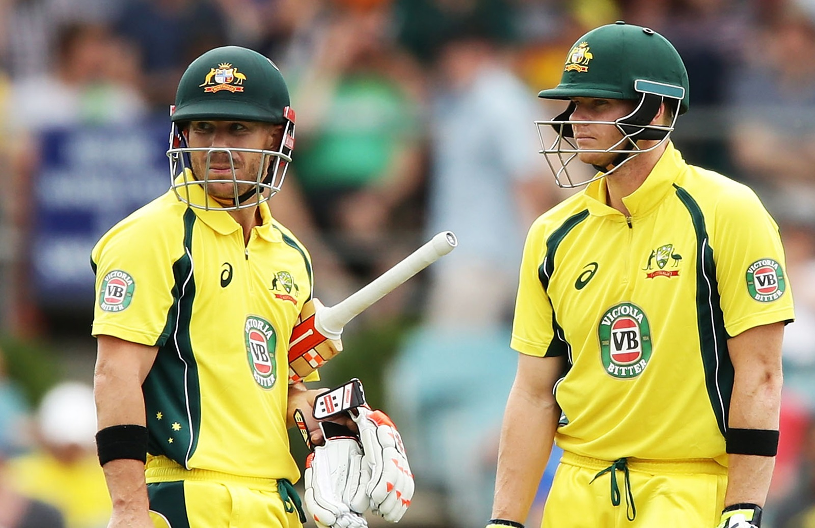 David Warner (left) and Steve Smith