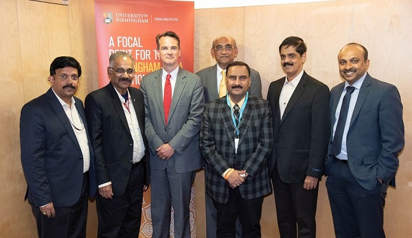 A K Saseendran, Minister for Transport, Government of Kerala and K R Jyothilal, Principle Secretary, Government of Kerala Transport Department with Professor Robin Mason, Pro-Vice-Chancellor (International) and delegation members.