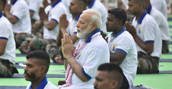 Indian prime minister Narendra Modi performs yoga on International Yoga Day in Ranchi, India, June 21, 2019 (Photo: REUTERS/Rajesh Kumar).