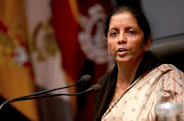 Sitharaman made the comments while responding to a question during an interactive session with investors at the IMF headquarters here on Wednesday (16) (Photo: RAKESH BAKSHI/AFP/Getty Images).