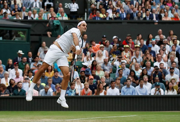 Tennis - Wimbledon - All England Lawn Tennis and Croquet Club, London, Britain - July 8, 2019 Switzerland's Roger Federer in action during his fourth round match against Italy's Matteo Berrettini (Photo: REUTERS/Carl Recine).