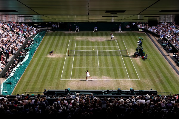 Tennis - Wimbledon - All England Lawn Tennis and Croquet Club, London, Britain - July 11, 2019 General view during the semi-final match between Serena Williams of the US and Czech Republic's Barbora Strycova (Photo: Alastair Grant/Pool via REUTERS).