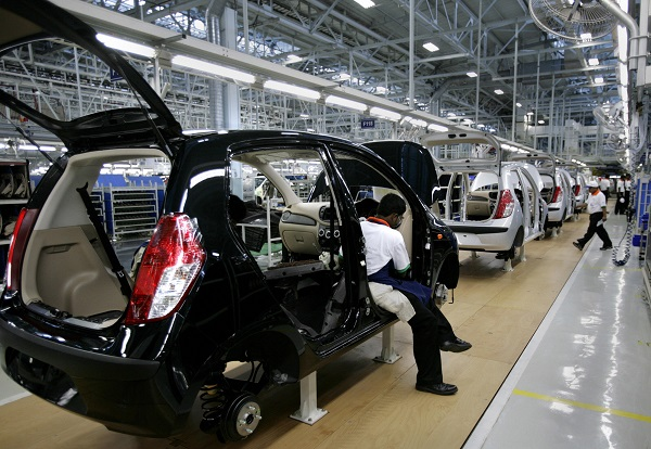 "Tata Motors, which had previously flagged a ""challenging external environment"", said it closed some blocks at its Pune plant in the western state of Maharashtra (Photo: DIBYANGSHU SARKAR/AFP/Getty Images)."