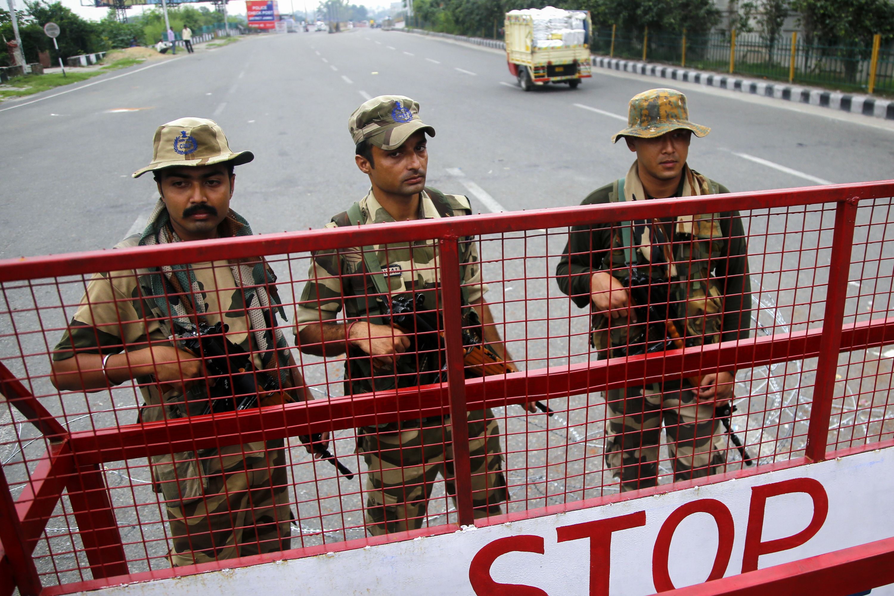 Security remains high in Kashmir. (RAKESH BAKSHI/AFP/Getty Images)