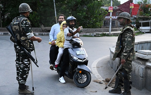 Restrictions in Jammu, the more peaceful Hindu-majority area, have already been lifted, and in the Kashmir Valley, the main hotbed of resistance to Indian rule, there has now been some easing too, senior police officer Munir Khan said (Photo: TAUSEEF MUSTAFA/AFP/Getty Images).