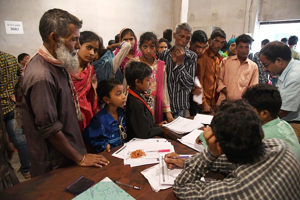 The National Register of Citizens (NRC) for the state is due out on Saturday (31), in a move the Indian government has suggested it wants to replicate nationwide, with Muslims forming the majority of those expected to be left off (Photo: BIJU BORO/AFP/Getty Images).