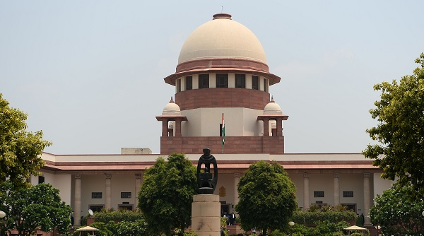 The issue was mentioned before a bench comprising Chief Justice S A Bobde and Justices B R Gavai and Surya Kant which said the matter cannot be heard immediately and will be listed on reopening of the the apex court after winter break in January 2020 (Photo: SAJJAD HUSSAIN/AFP/Getty Images).