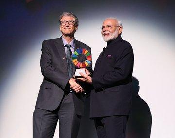Bill Gates (left) has previously lauded the work of Narendra Modi (@narendramodi/ Twitter).