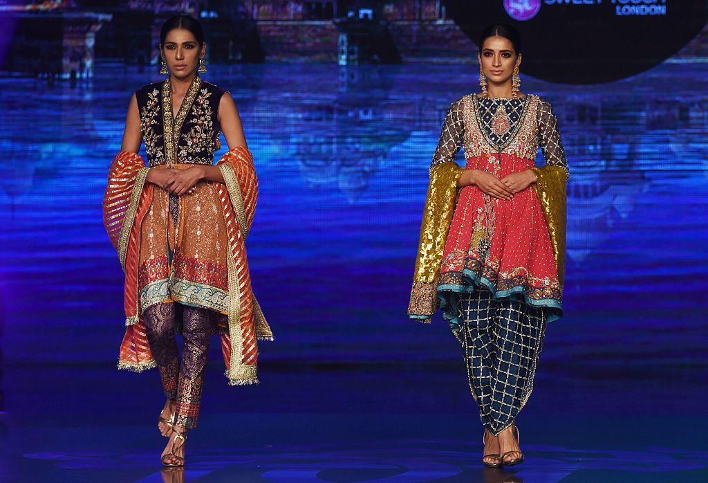 Salwar kameez is a traditional dress worn by South Asian women (Photo: ARIF ALI/AFP/Getty Images)