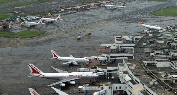 """""""There are few cancellations to stabilize the operations. Therefore, we request the passengers to check the status of their flight before proceeding for the airport...All affected passengers are being accommodated on alternate flights,"""" it said (Photo: INDRANIL MUKHERJEE/AFP/Getty Images)."""