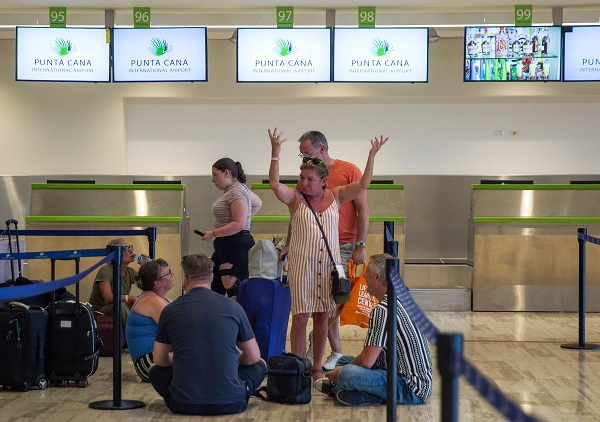 Passengers left stranded after the collapse of British travel firm Thomas Cook remain at Punta Cana's international airport, in the Dominican Republic, on September 23, 2019 (Photo: ERIKA SANTELICES/AFP/Getty Images).