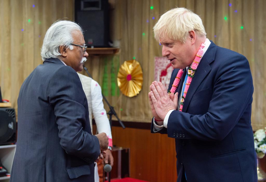 Johnson visits Hindu temple in Uxbridge and South Ruislip