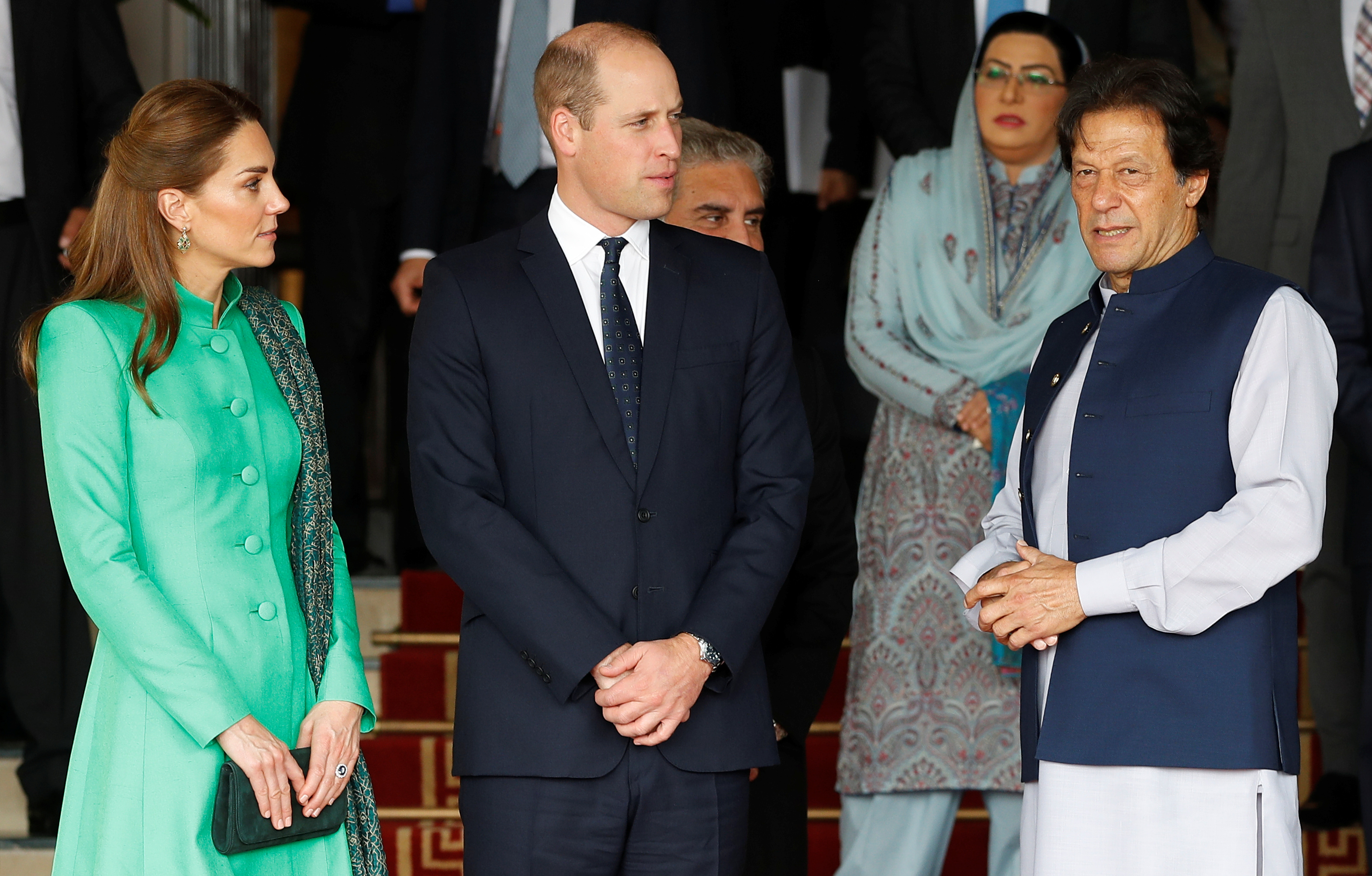 Britain's Prince William and Catherine, Duchess of Cambridge, talk with Pakistan's Prime Minister Imran Khan as they leave after a meeting in Islamabad, Pakistan October 15, 2019.  (Photo: REUTERS/Peter Nicholls)