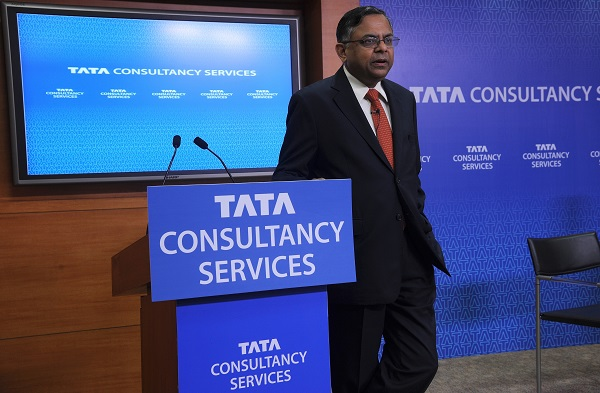 The downbeat figures come as India's economy endures a prolonged slowdown with the software giant's revenues seen as an indicator of the health of the country's IT export sector (Photo: INDRANIL MUKHERJEE/AFP/Getty Images).