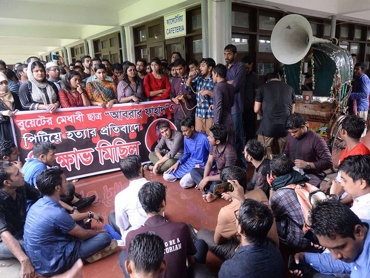 Bangladeshi students of Dhaka University take part in a protest in Dhaka on October 7, 2019. (AFP)