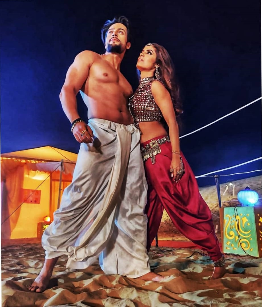 Shalin Bhanot & Sayantani Ghosh