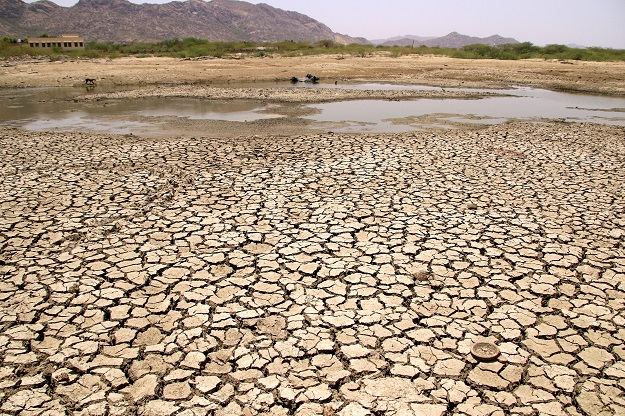 Temperatures between 2010 and 2019 were 0.36 degrees Celsius (0.65 degrees Fahrenheit) above the long-term average, the hottest decade since records began in 1901, the Indian Meteorological Department (IMD) said on Monday (6) (Photo: HIMANSHU SHARMA/AFP via Getty Images).