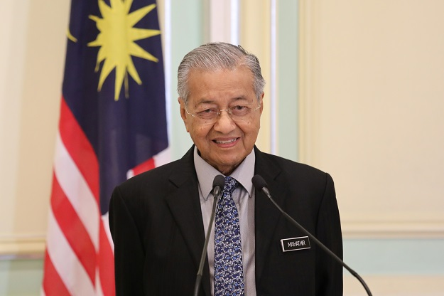 Sources said the move was in retaliation for Mahathir speaking out against a new citizenship law which critics say discriminates against Muslims. Mahathir has also angered India by accusing it of occupying Kashmir, a Muslim-majority region whose autonomy New Delhi took away last year (Photo: REUTERS/Lim Huey Teng).