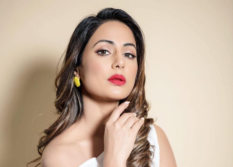 Hina Khan on an obsessive fan: I have blocked him so many times ...