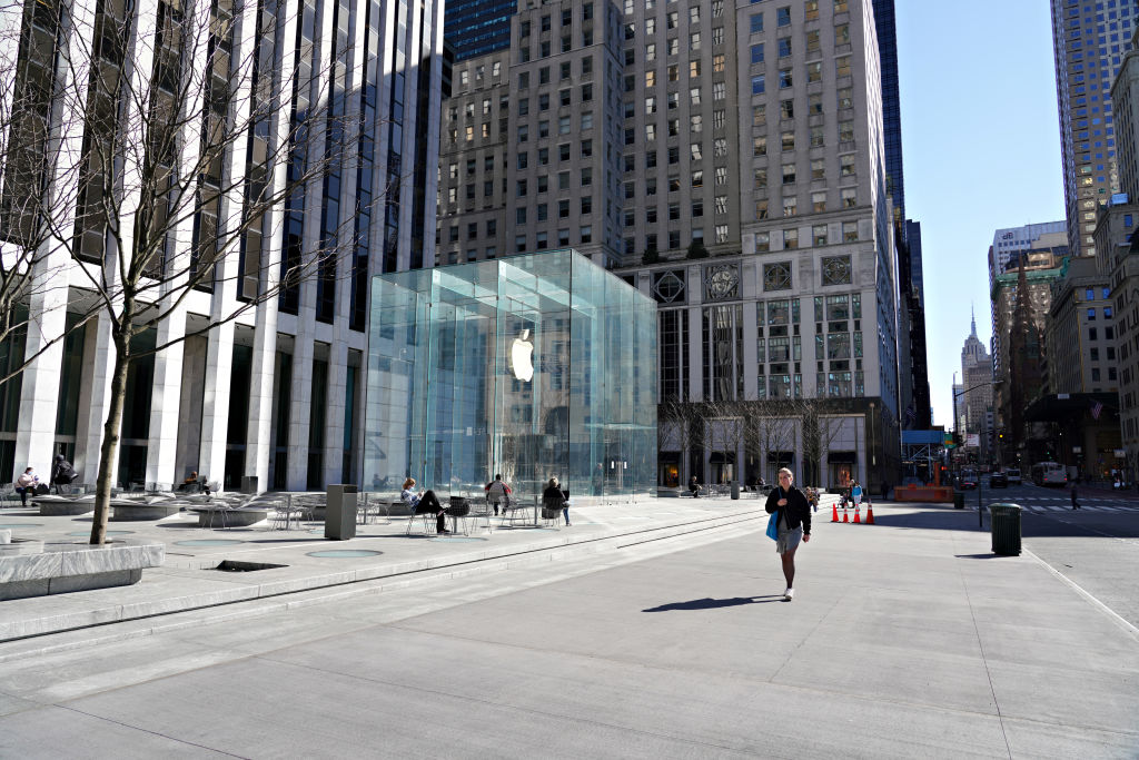 A view of the Apple store on Fifth Avenue as the coronavirus continues to spread across the United States on March 27, 2020 in New York City. (Photo by Cindy Ord/Getty Images)