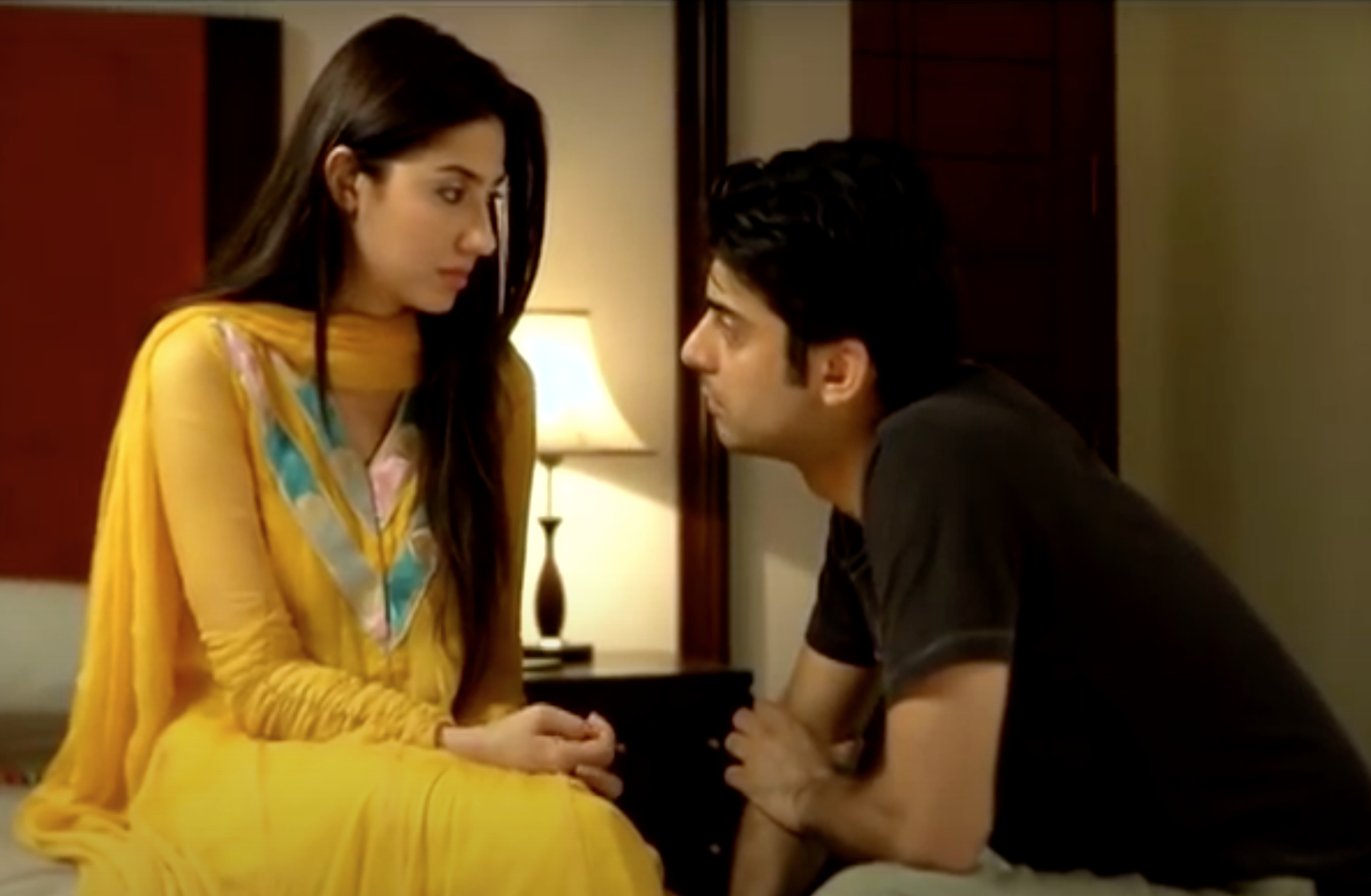 Mahira Khan and Fawad Khan in Humsafar