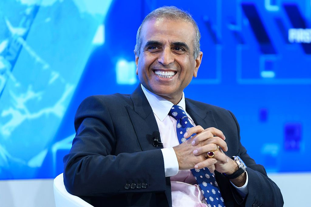 """""""I am delighted that Bharti will be leading the effort to deliver the promise of universal broadband connectivity through OneWeb, with the active support and participation of the British government,"""" said Sunil Mittal, chairman of Bharti Enterprises.        (Photo: FABRICE COFFRINI/AFP via Getty Images)"""