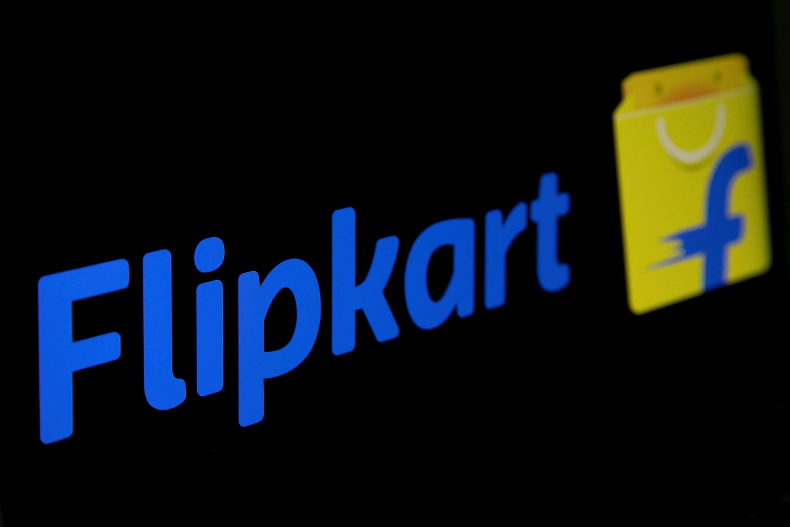 Flipkart and Amazon's interest in delivering alcohol inIndiamarks a bold move to make inroads into an alcohol market that is worth about £21 billion. (REUTERS/Danish Siddiqui/Illustration/File Photo)