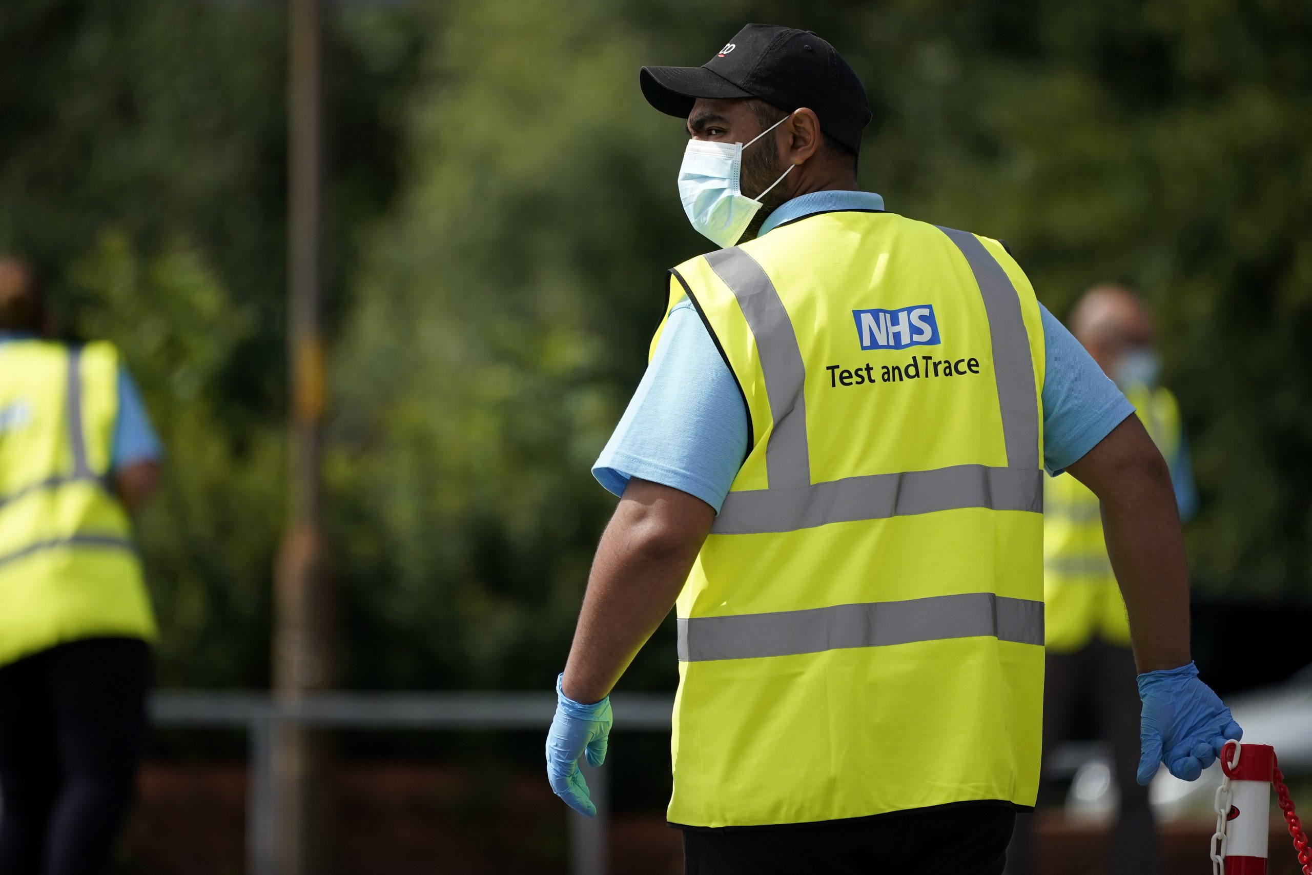 United Kingdom trials quarantine payment scheme for workers on low income