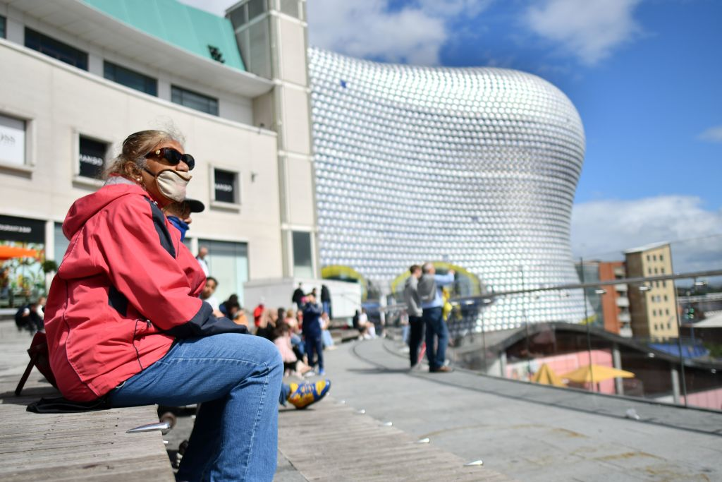 From next Tuesday, more than 1.1 million people in Birmingham are banned from mixing with any other household, after the rate of infection rose from 30 to 75 cases per 100,000 people over a week in August. (Photo: JUSTIN TALLIS/AFP via Getty Images)