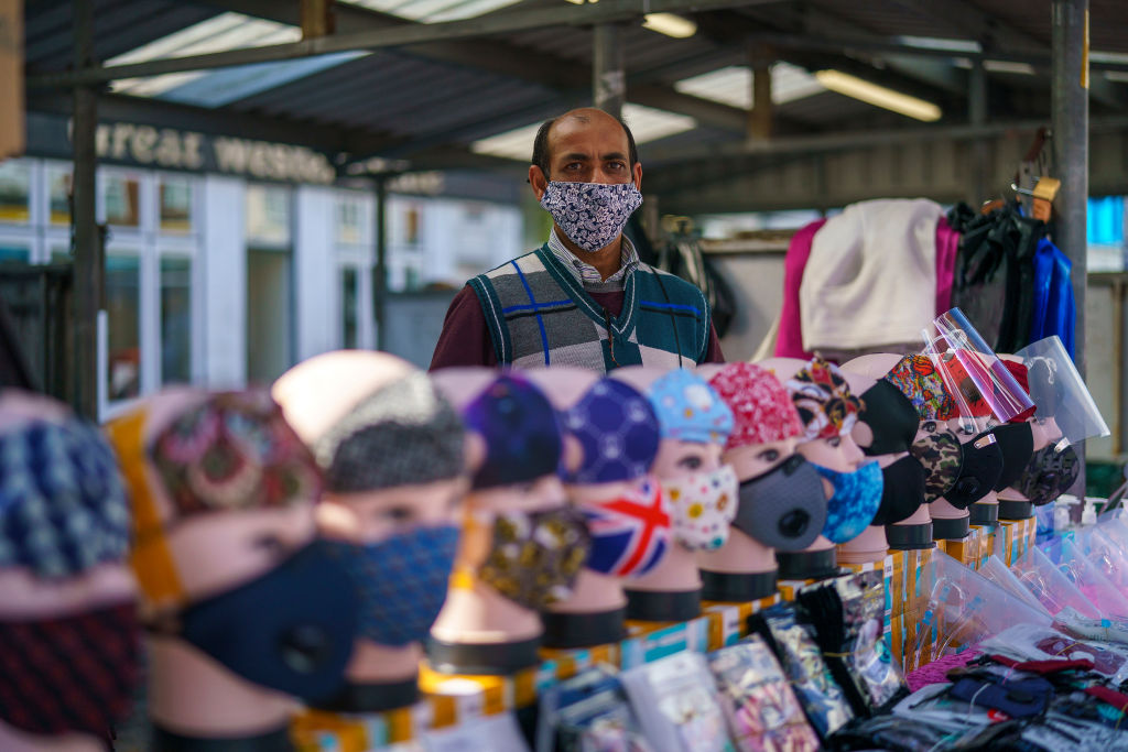 As per new rules, people in UK are required to wear face coverings in retail outlets, and hospitality services. (Photo: Christopher Furlong/Getty Images)