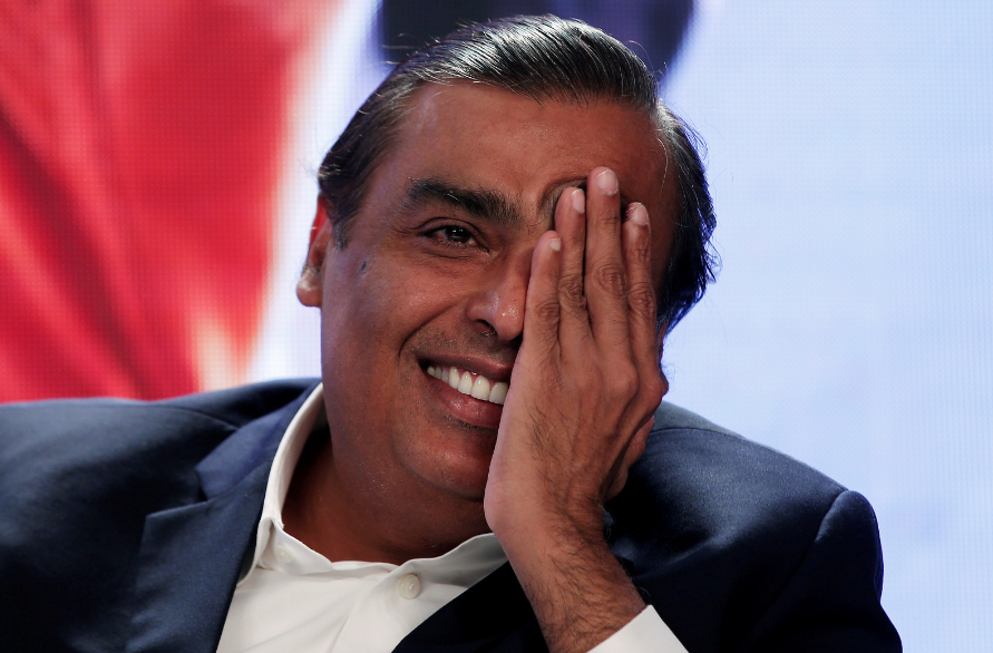FILE PHOTO: Mukesh Ambani, chairman and managing director of Reliance Industries, gestures as he answers a question during a media interaction in New Delhi, India, June 15, 2017. REUTERS/Adnan Abid/File Photo