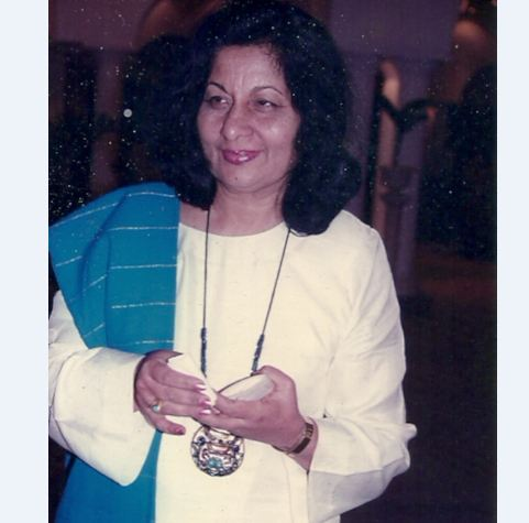 Bhanu Athaiya won an Oscar for her work in the 1983 epic film 'Gandhi'.
