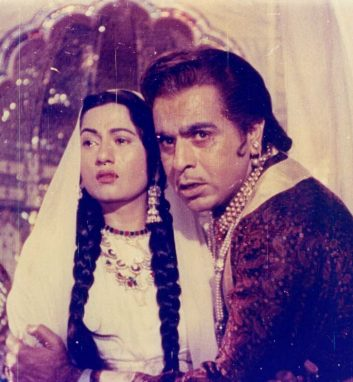 E-GUIDE - India's greatest movie turns 60