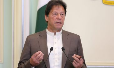 HEADLINE STORY - FILE PHOTO: Pakistan's Prime Minister Imran Khan speaks at a news conference in Putrajaya, Malaysia, February 4, 2020. REUTERS/Lim Huey Teng/File Photo