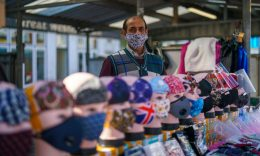 Coronavirus - As per new rules, people in UK are required to wear face coverings in retail outlets, and hospitality services. (Photo: Christopher Furlong/Getty Images)