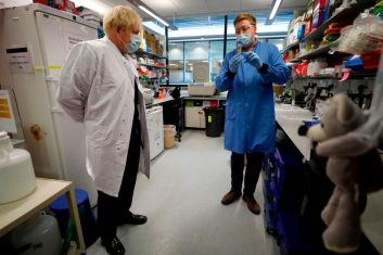 Comment - Prime minister Boris Johnson gets an update on the Covid-19 vaccine research during a visit to the Jenner Institute in Oxford