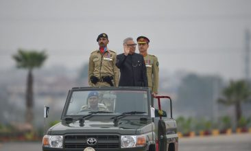 News - FILE PHOTO: Pakistani President Arif Alvi (C) inspects the honour guard during the Pakistan Day parade in Islamabad on March 23, 2019. (FAROOQ NAEEM/AFP via Getty Images)
