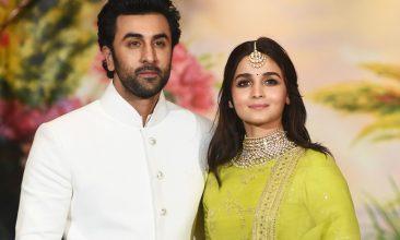 Entertainment - Ranbir Kapoor (L) and Alia Bhatt (Photo credit: SUJIT JAISWAL/AFP via Getty Images)
