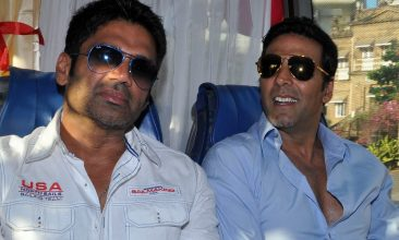 TOP LISTS - Suniel Shetty, Akshay Kumar (Photo by STRDEL/AFP via Getty Images)