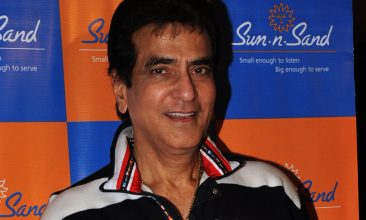 TOP LISTS - Jeetendra (Photo by STR/AFP via Getty Images)