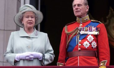 HEADLINE STORY - Queen Elizabeth II stands and Prince Philip, the Duke of Edinburgh at Buckingham Palace for the Trooping the Colour ceremony. (Reuters/File Photo)