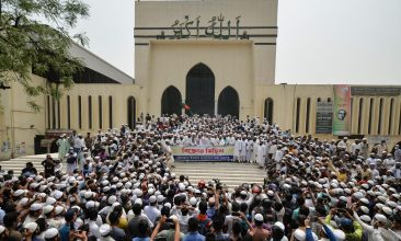 BANGLADESH - Activists of the Hefazat-e Islam, a hard-line islamist group, gather during a demonstration outside the National Mosque in Dhaka on March 27, 2021 a day after deadly clashes with police during a protest against Indian Prime Minister Narendra Modi visit to Bangladesh. (Photo by Munir Uz zaman / AFP)