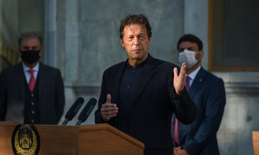 News - Pakistan's Prime Minister Imran Khan speaks during a joint press conference with Afghan president at the Presidential Palace in Kabul on November 19, 2020. (Photo by Wakil KOHSAR / AFP) (Photo by WAKIL KOHSAR/AFP via Getty Images)