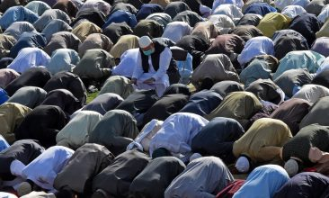 News - Muslim devotees offer special prayers on the occasion of Eid al-Fitr that marks the end of the holy month of Ramadan in Quetta, Pakistan, on May 13, 2021.  (Photo by BANARAS KHAN/AFP via Getty Images)